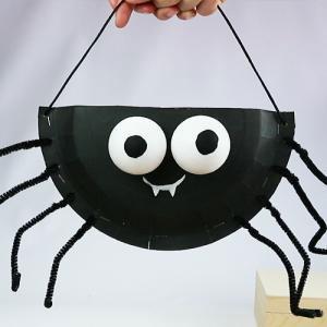 panier bonbons araignée