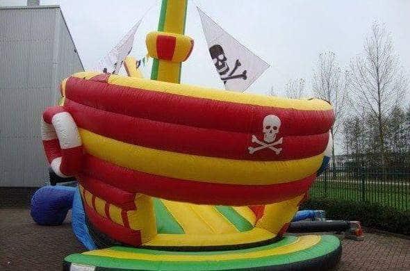 bateau pirate gonflable articulé