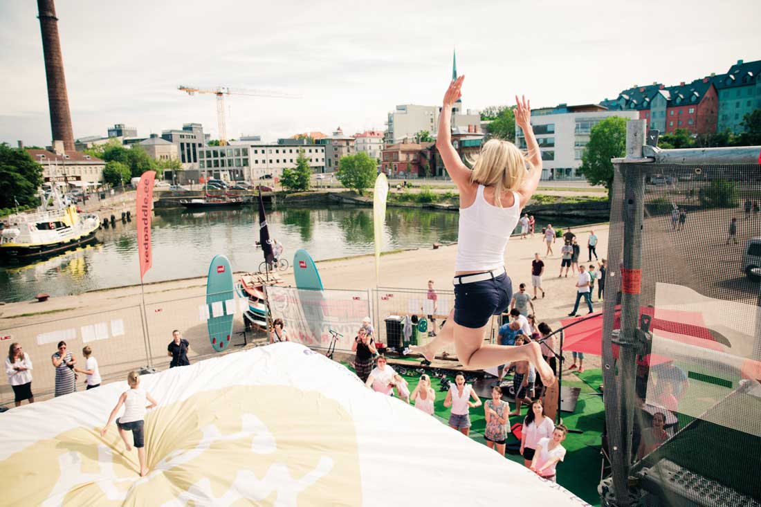 tour de grimpe + air jump